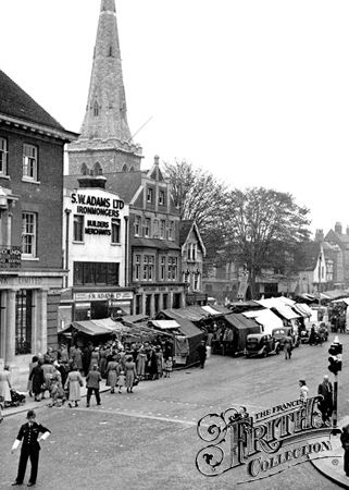 Romford, Old photo of The Market Place c1950