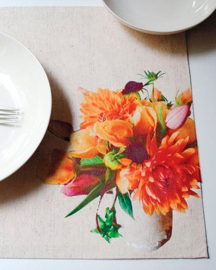 Dress up your Thanksgiving table with these fun, customized place mats from Design*Sponge's Grace Bonney.