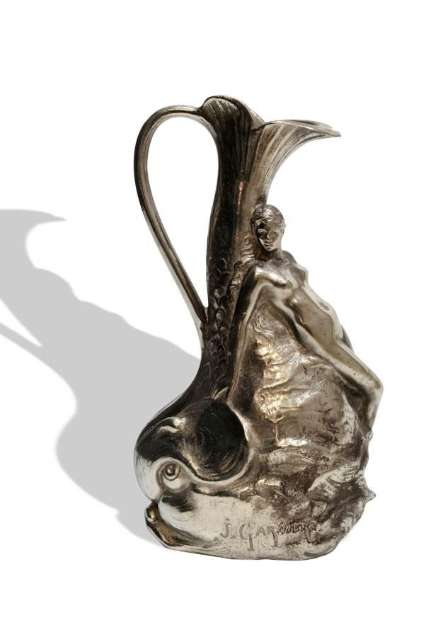 Ornate Art Nouveau Vase Made of Pewter by Jean Garnier, France, around 1900 Purchasing on CLASSIQS – www.classiqs.com
