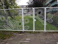 Cool fence idea!