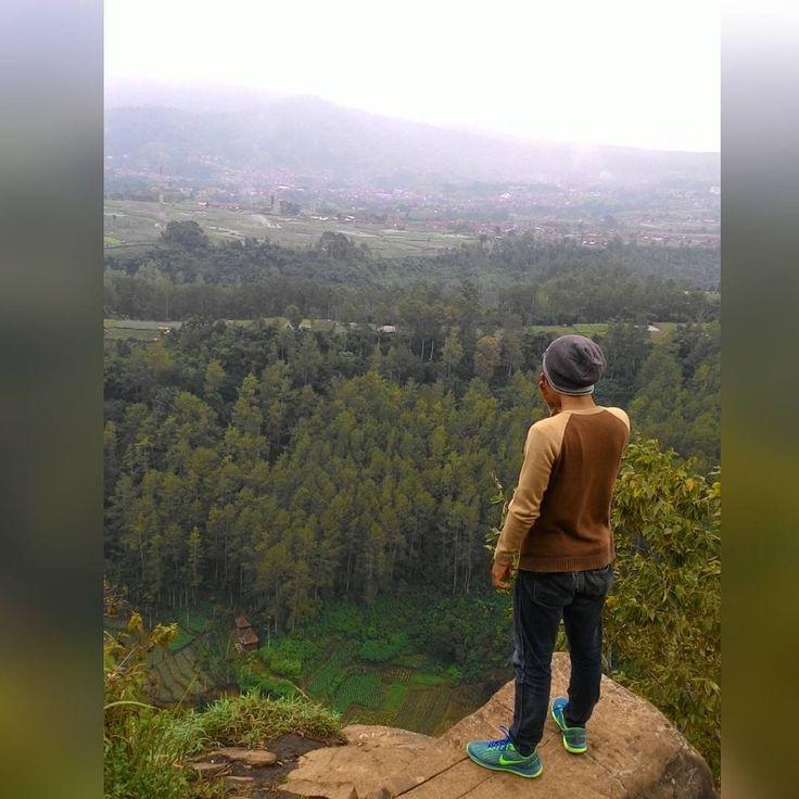 """#latepost #explore #exploreindonesia #explorebandung"""