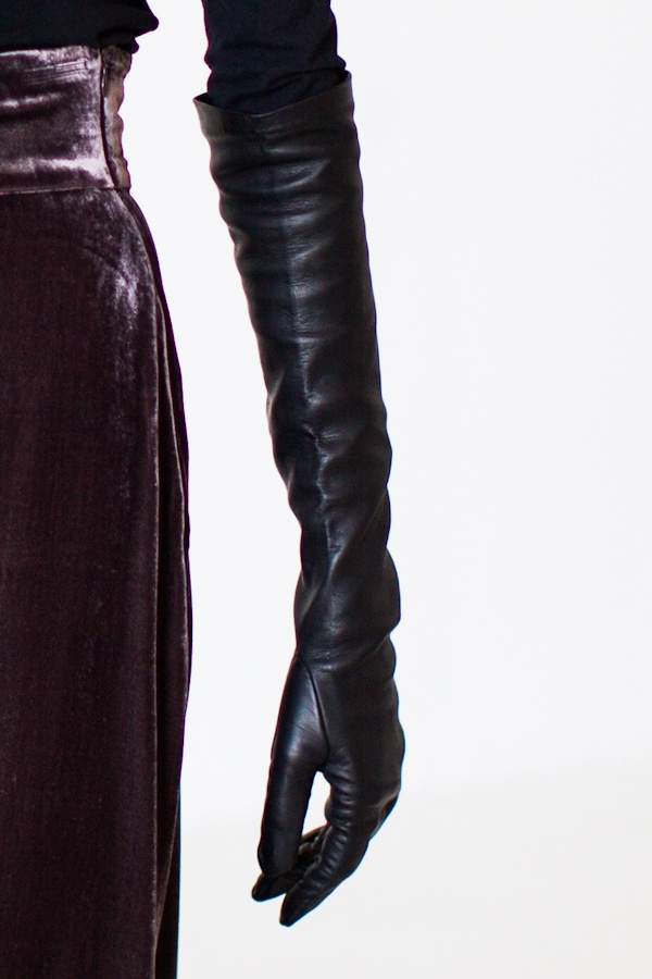 Add a cocktail ring or two or three to these leather gloves and any outfit goes from just uh to uh amazing.