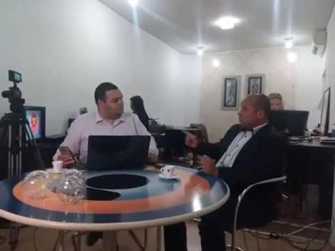 Papel Mache: CARLINHOS VIDENTE DIZ: EM 60 DIAS TEMER RENUNCIA, ...