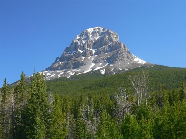 Crowsnest Mountain, Crowsnest Pass, Alberta, Canada