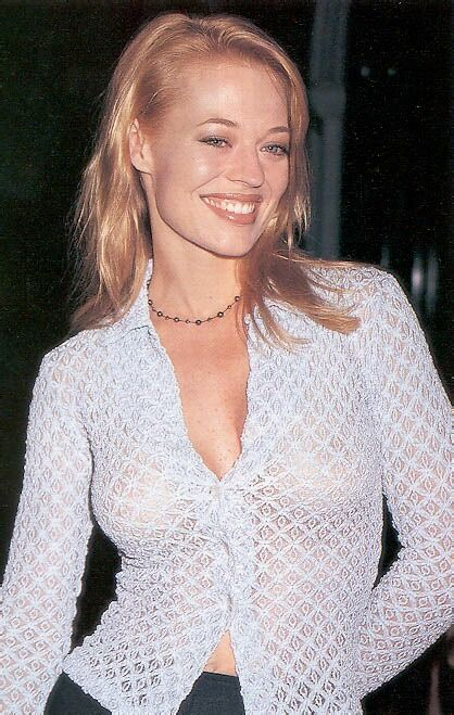 Jeri Ryan / Seven of Nine / Star Trek: Voyager.