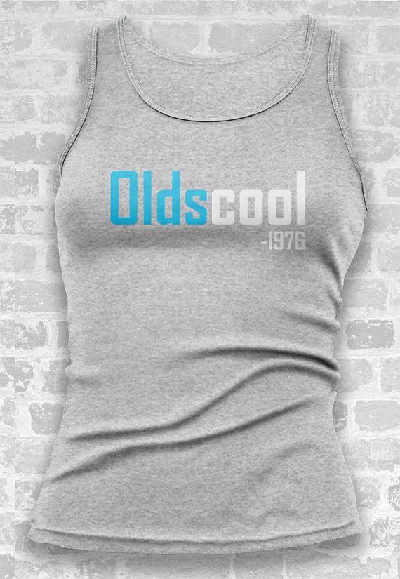 40th Birthday Gift // Oldscool 1976 Tshirt by TeeTotalClothing