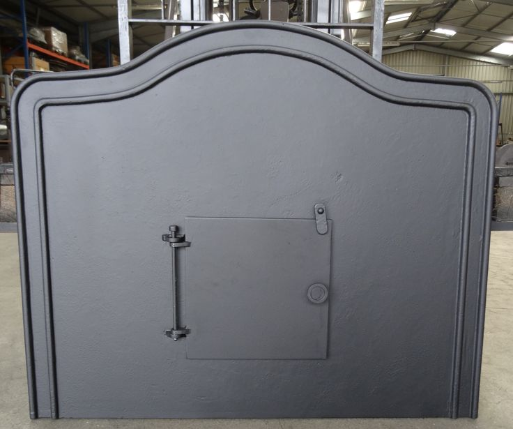 Plaque avec volet - Plaques en fonte - Fonderie LACOSTE - Dordogne - Création de plaque de cheminée - Réalisation à la demande