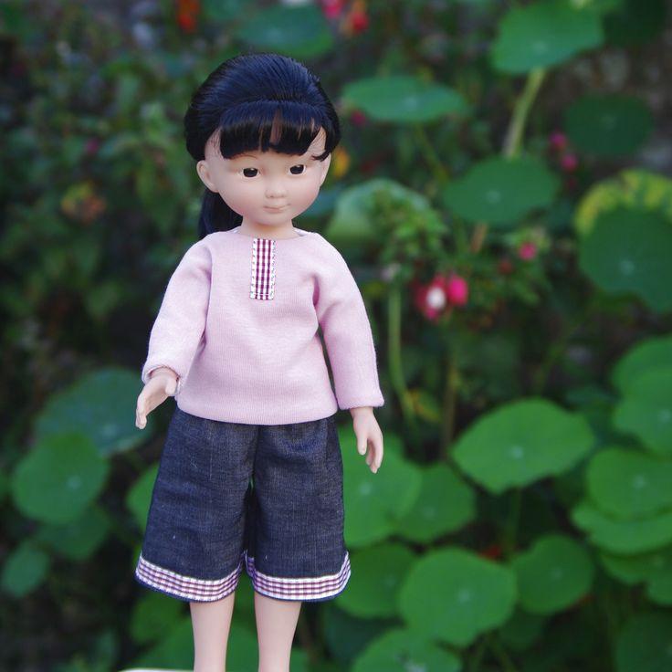 vêtements jupe, t shirt et cape pour poupée type les Chéries de Corolle 32/33 cm