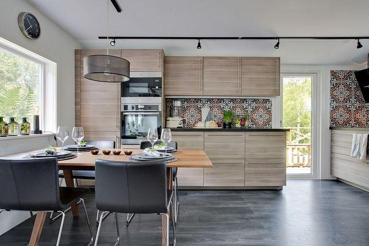"""Dom 30 m²   ogranicza nas wyobraźnia a nie przestrzeń!!! ;-)   nawet w takim """"maleństwie"""" można stworzyć willowe pokoje :-)   www.bjurfors...."""