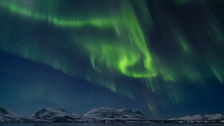 Norway - Land of the Northern Lights | This is what we're doing for our honeymoon - can't wait!!