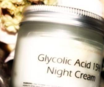 Acido glicolico per il corpo