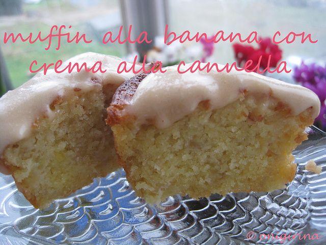 Muffin alla banana con crema alla cannella