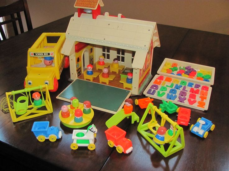 1971 Fisher Price Little People Schoolhouse