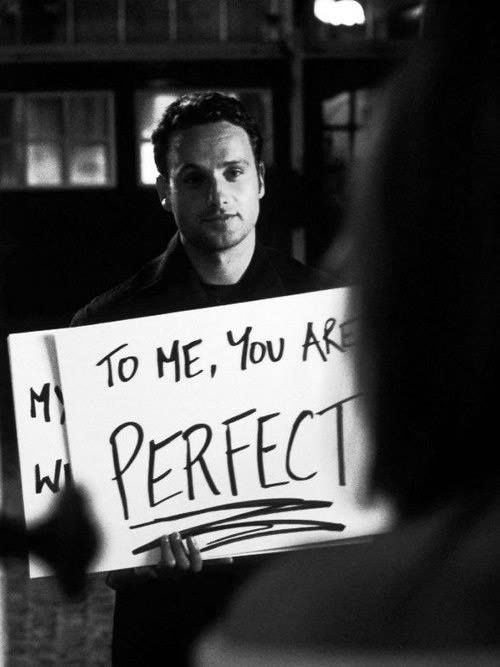 This is the actor I was trying to describe to you the other day! :Andrew Lincoln & one of the best, and most romantic, clips of a movie ever - Love Actually (2003)
