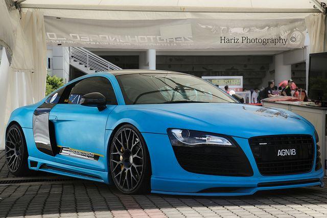 Audi r8- my dream.