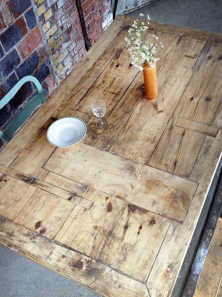 Tisch im Landhaus-Stil aus Bauholz Susanne XL von FraaiBerlin via dawanda.com