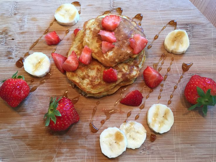 Banana pancakes! A breakfast favorite:) #bananapancakes#breakfast#pancakes#healthy