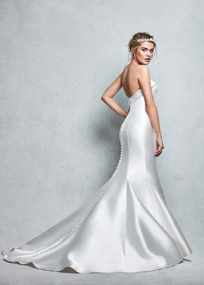 This princess cut wedding gown 'Amore' by Anna Sorrano elongates the body perfectly  The luxurious Mikado sculpts every curve  https://www.wed2b.co.uk/wedding-dresses/anna_sorrano?utm_content=bufferef745&utm_medium=social&utm_source=pinterest.com&utm_campaign=buffer