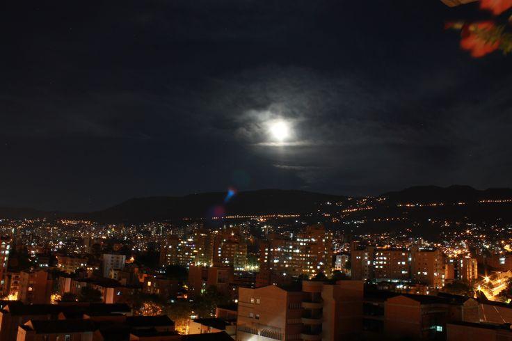 Envigado de noche