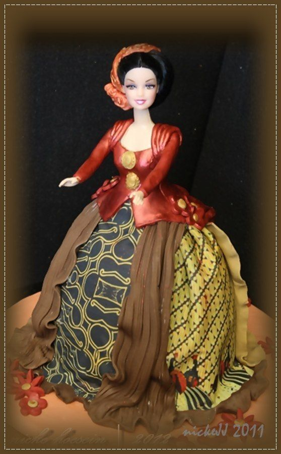 Barbie doll cake, Indonesian Kebaya with traditional fabric Ouest Java edible