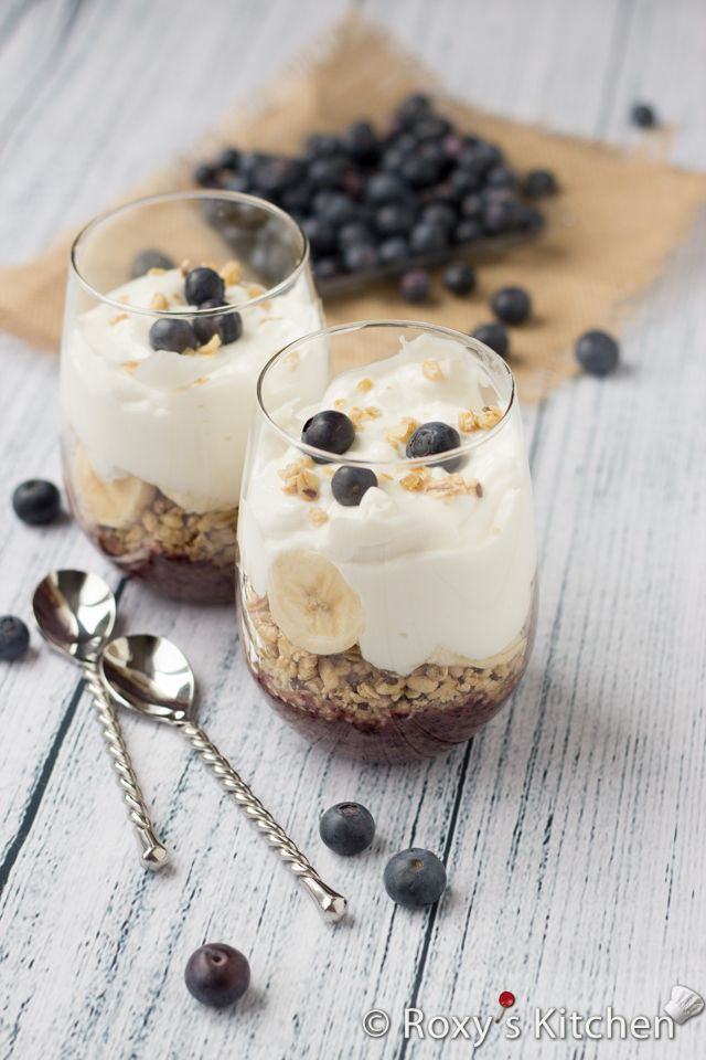 4-Ingredient Banana Blueberry Parfait - The healthiest & easiest breakfast! http://arcreactions.com/#