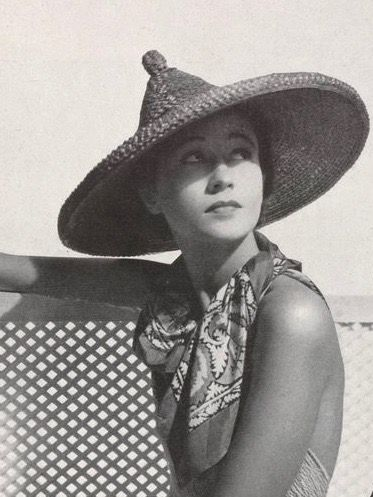 599bf68936eb8 Pin by 1930s 1940s Women s Fashion on 1930s Hats in 2019