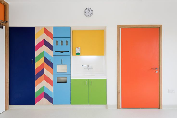 morag-myerscough-sheffield-childrens-hospital-bedrooms-designboom-02