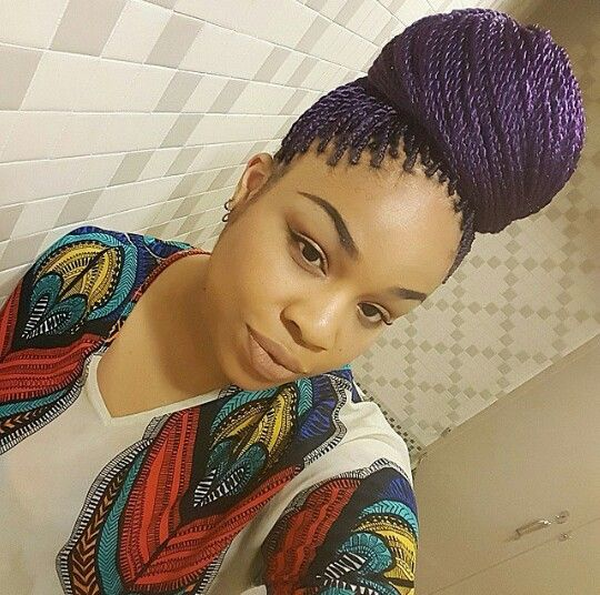 Senegalese twists with color