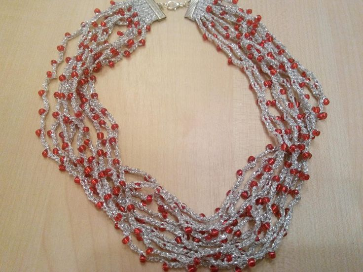 Made by Marcela: Crochet necklance with seed beads