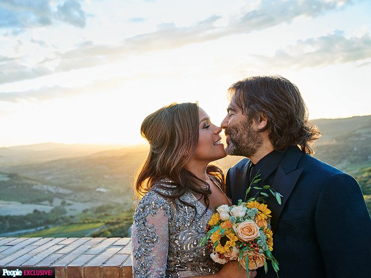 Ray, 47, and husband John Cusimano, 48, celebrated their 10th wedding anniversary in Castello di Velona, the Tuscan castle where the pair was first married in 2005.