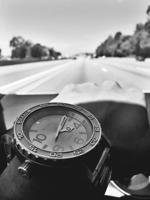 NIXON EUROPE - Nixon 51-30 watch - Cruising down the freeway