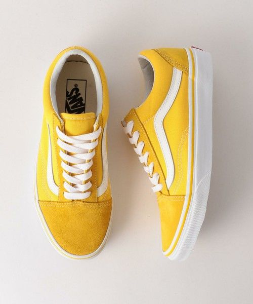 yellow vans classic skate shoes