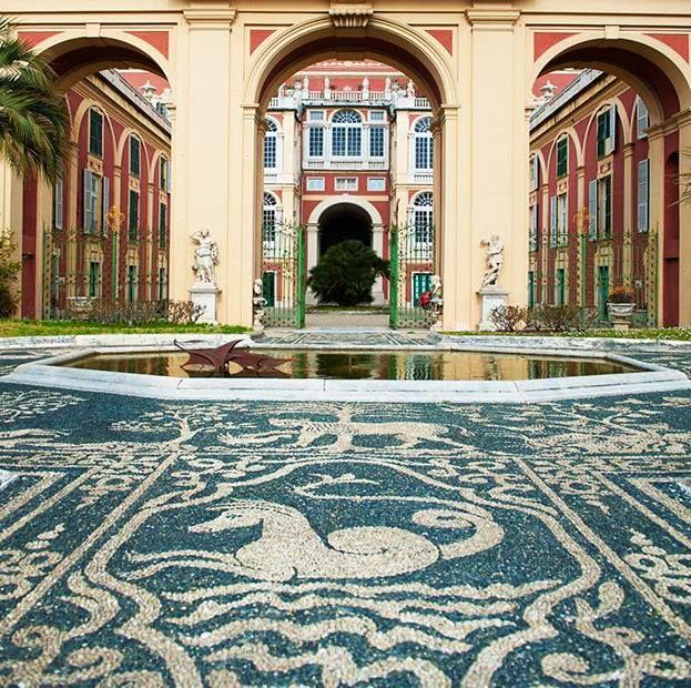 """Genova. Il cortile di Palazzo Rosso con il """"rissêu"""", la caratteristica…"""