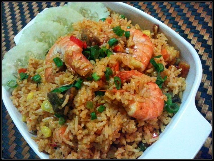 Fried rice with tomato