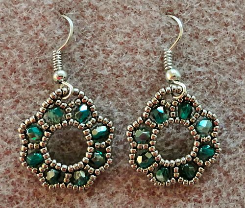 Linda's Crafty Inspirations: Free Beading Tutorial: Flora Earrings