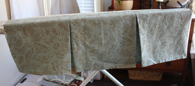 box pleat valance tutorial - really good directions