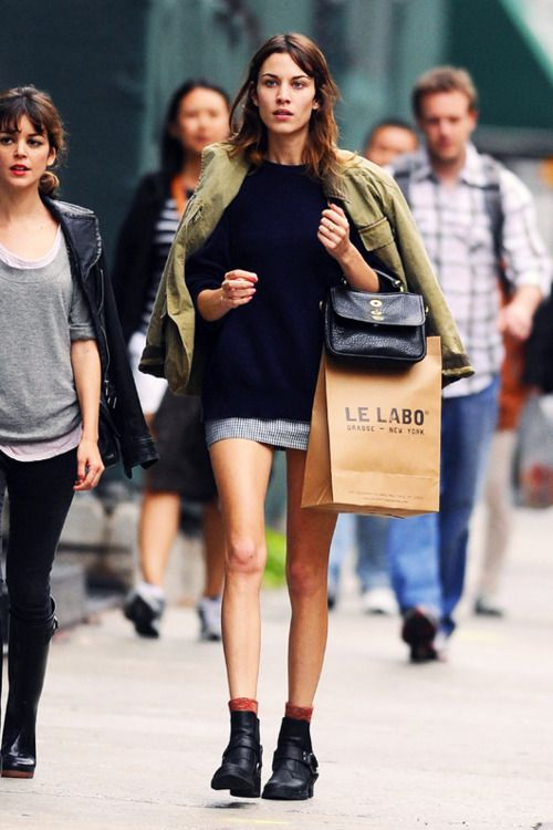 Alexa Chung shopping in New York.