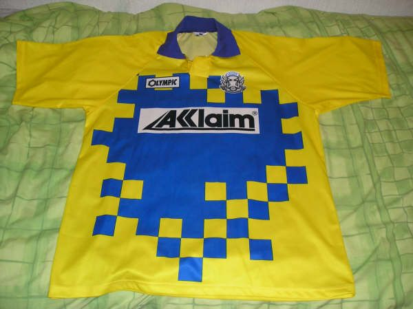 leyton-orient-away-football-shirt-1995