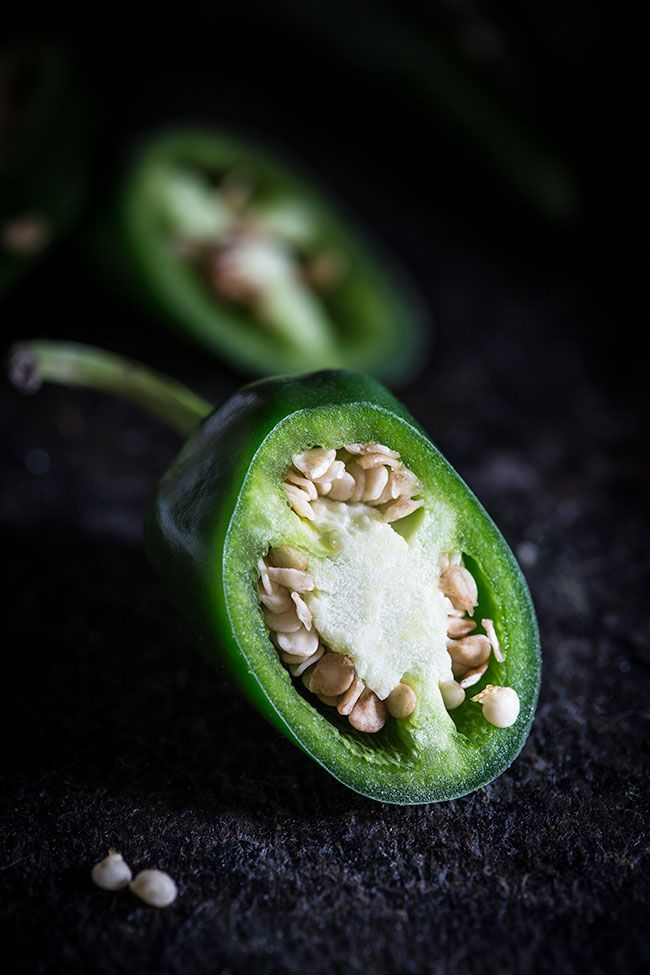 How to get the dark look for food photography