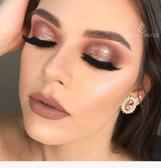 10 ideas de maquillaje de Año Nuevo para morenas #maquillaje #makeup