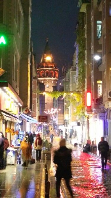 Galata Kulesi στην περιοχή Beyoğlu, İstanbul