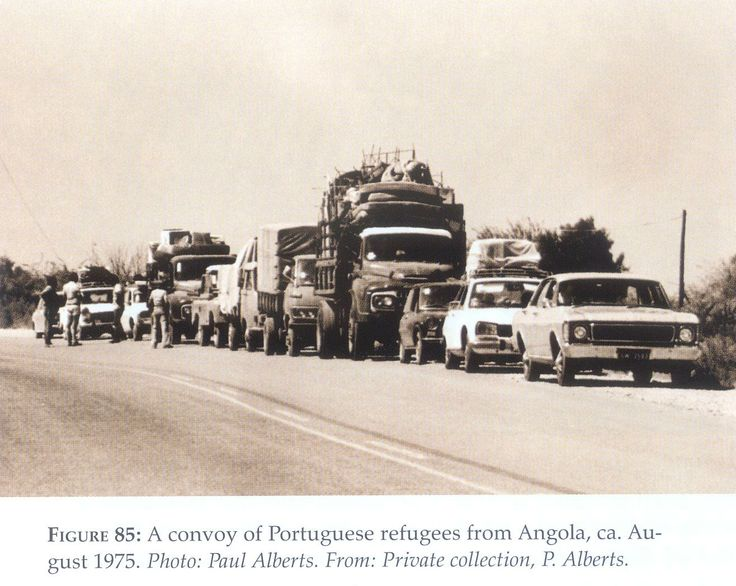 Angola. Vlugtelinge na Namibia - 1975. Val van die Portugese