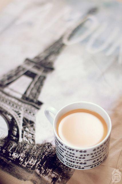 Tomando café en paris