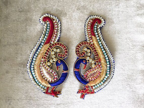 1 Blue Peacock Patch Embroidery Applique Motif Decorative Sewing Diamonte stone