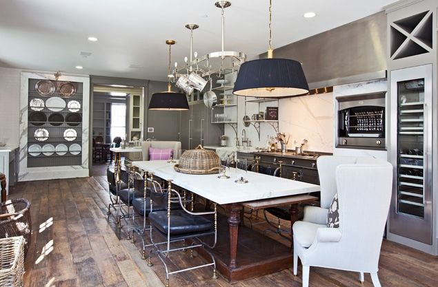 Gwyneth Paltrow's new home in L.A. LOVE this kitchen