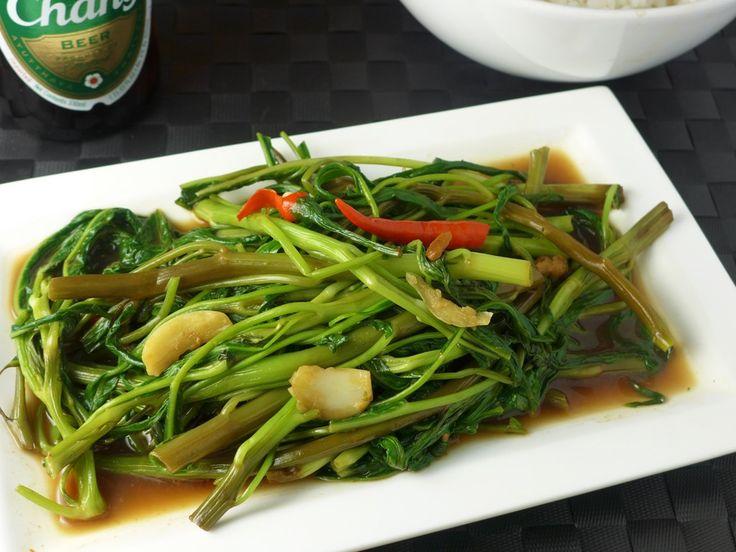 Pad Pak Boong Fai Daeng