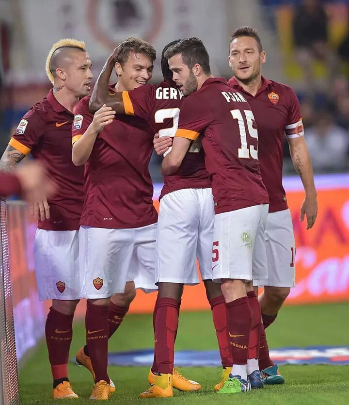 AS Roma 30 Nov 2014 AS Roma 4 - 2 Inter Milán