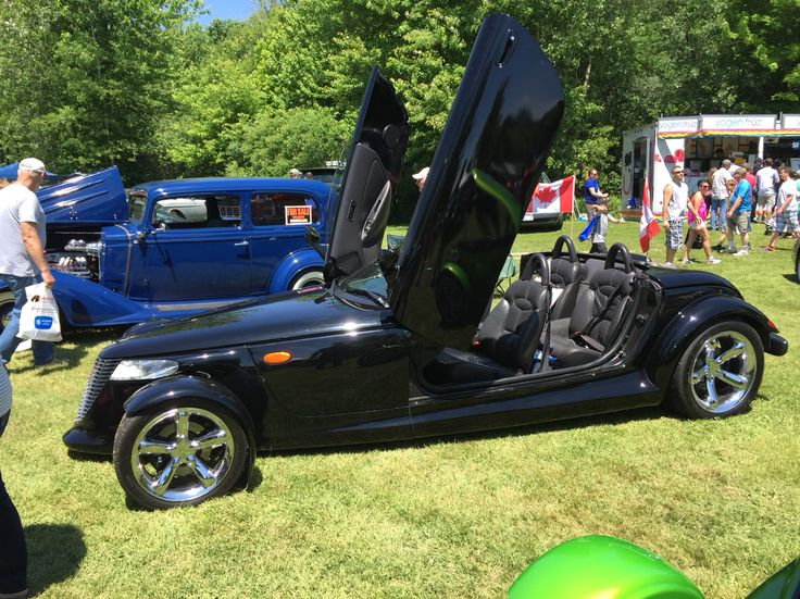 Fleet wood country cruise-In  June 8-2015 Prowler modified to fit 4 passengers and extended body & doors