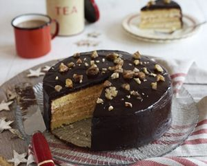 Chestnut and chocolate layer cake recipe