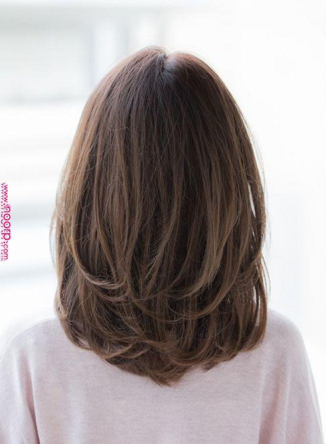 アラフォーの髪型 大人可愛い ストレート パーマのロングヘア